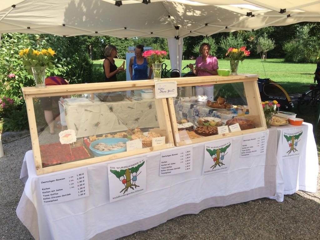 Wurzelkinder verkaufen im Oktober 2019 wieder auf dem Dorfmarkt