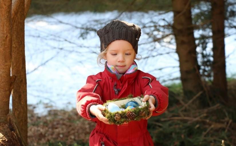 Osterhasenbesuch im Waldkindergarten Übersee